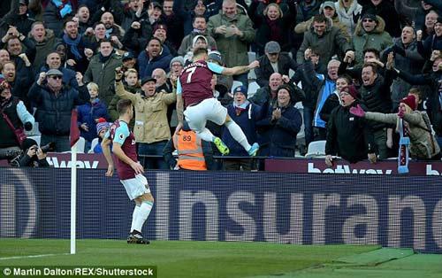 Chi tiết West Ham - Chelsea: Canh bạc tấn công bất thành (KT) - 4