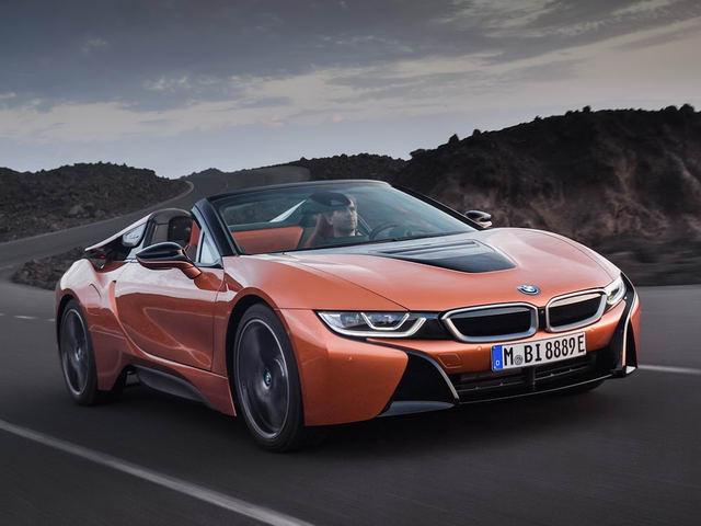 Siêu xe BMW i8 Roadster ra mắt với nhiều cải tiến - 1