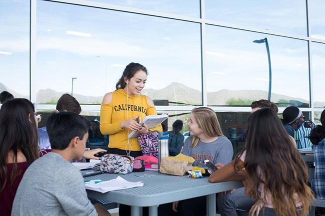 Phương pháp giáo dục có 1 không 2 của trường trung học tốt nhất nước Mỹ - 14