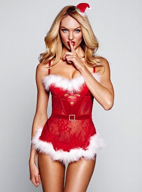 Quên ông già Noel đi, ngắm bà già Noel sexy mới thích! - 8