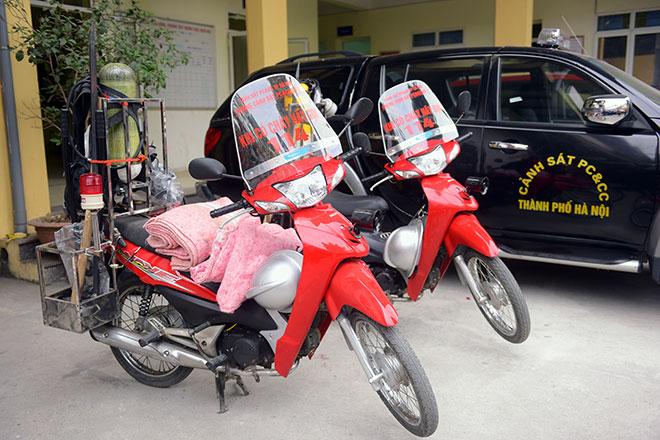 Cận cảnh xe chữa cháy siêu nhỏ, lần đầu xuất hiện ở Hà Nội - 12