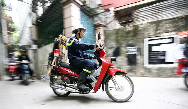 Cận cảnh xe chữa cháy siêu nhỏ, lần đầu xuất hiện ở Hà Nội - 10