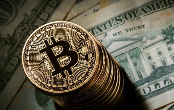 """Bitcoin tăng """"điên cuồng"""", bong bóng tiền ảo sắp nổ? - 1"""