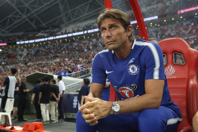 Tin HOT bóng đá tối 10/12: Conte thừa nhận Chelsea hết cửa vô địch - 1