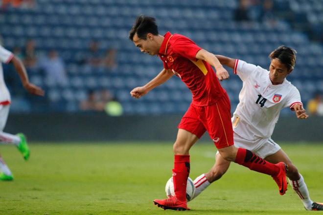 U23 Việt Nam đá 3-4-3: Văn Toàn, Công Phượng thoải mái phô diễn - 1