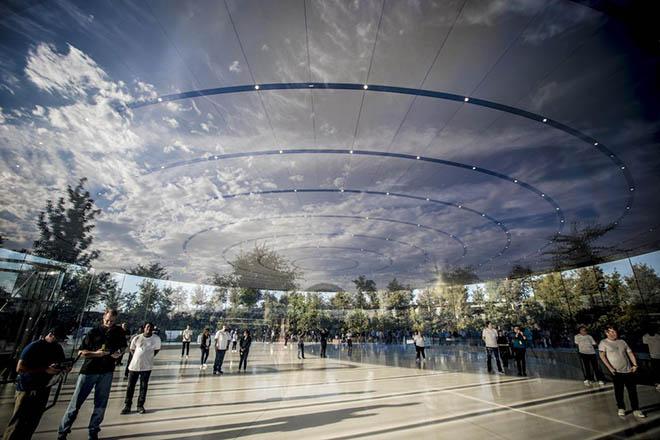 """Vì sao trụ sở """"phi thuyền"""" của Apple bị đội chi phí lên đến 5 tỉ USD? - 2"""