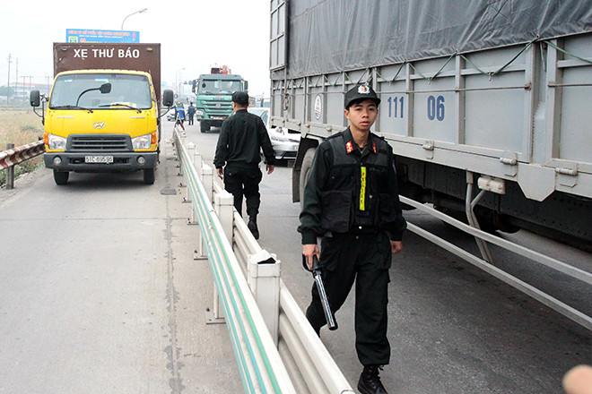Sau Cai Lậy, tài xế tiếp tục trả tiền lẻ qua BOT Quốc lộ 5 - 2