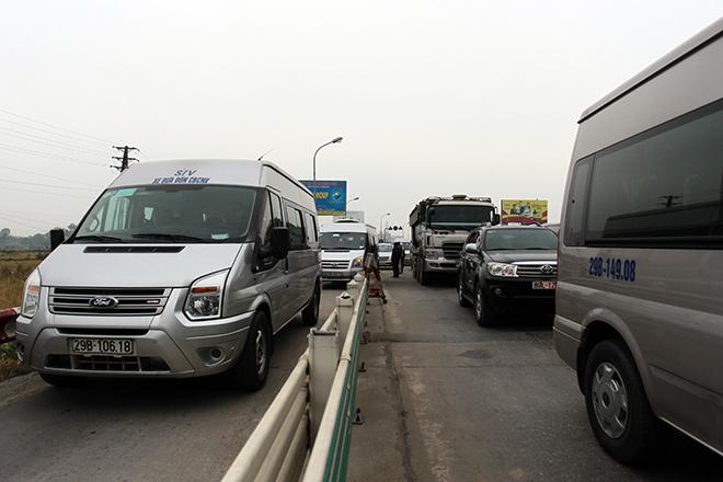 Sau Cai Lậy, tài xế tiếp tục trả tiền lẻ qua BOT Quốc lộ 5 - 9