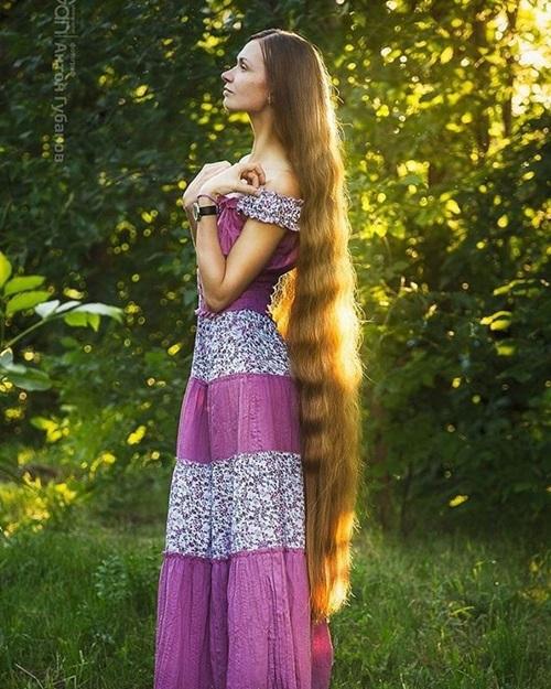 """Ngây ngất với các nàng """"công chúa tóc mây"""" xinh như mộng đời thực - 11"""