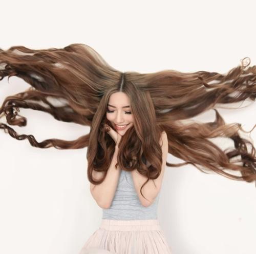 """Ngây ngất với các nàng """"công chúa tóc mây"""" xinh như mộng đời thực - 10"""