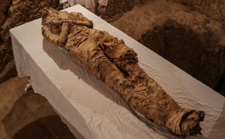 """Phát hiện xác ướp Ai Cập 3.500 năm """"gần như hoàn hảo"""" - 2"""