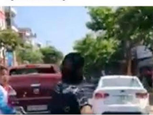 """Người đàn ông """"tay bo"""" với nhóm cướp sau khi phát hiện súng... giả! - 1"""