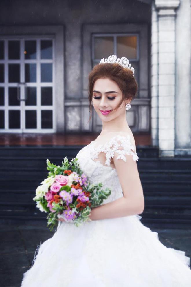Lâm Khánh Chi được bố mẹ tặng 500 triệu đồng, biệt thự 7 tỷ làm quà cưới - 3