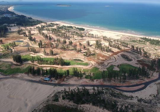 """Nhiều sai phạm ở dự án """"Phá rừng làm sân golf"""" - 2"""
