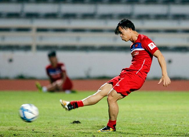 U23 Việt Nam: HLV Park Hang Seo chỉnh thước ngắm Công Phượng, Quang Hải - 3