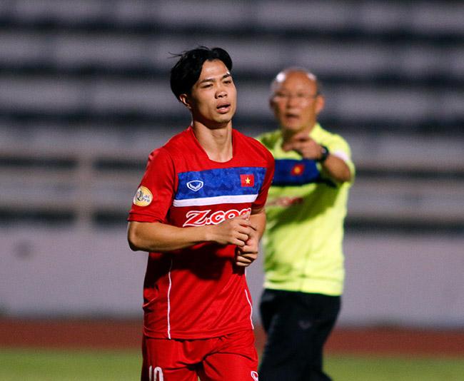 U23 Việt Nam: HLV Park Hang Seo chỉnh thước ngắm Công Phượng, Quang Hải - 4