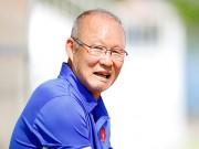 """U23 Việt Nam: HLV Park Hang Seo """"say nắng"""" với học trò"""