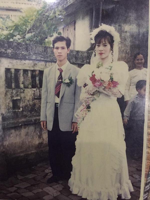 """Ảnh cưới chuẩn không cần chỉnh """"thời bố mẹ anh"""" khiến 9X ngày nay ai cũng thèm muốn - 6"""