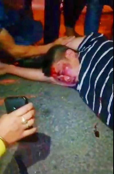 Cãi nhau với vợ cũ, cha dùng dao đâm chết con trai 5 tuổi - 2