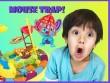 Cậu nhóc 6 tuổi kiếm hàng trăm tỷ đồng nhờ đánh giá đồ chơi trên Youtube