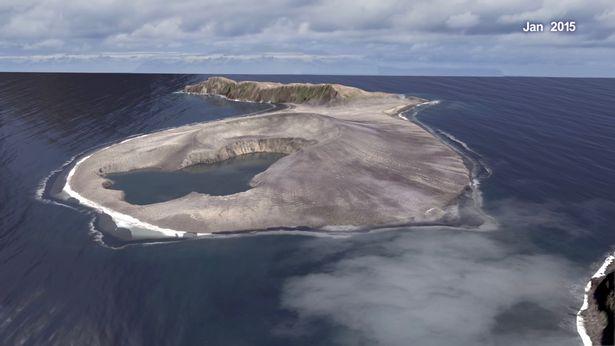 Điều ít ai ngờ về hòn đảo mới xuất hiện ở Thái Bình Dương - 1