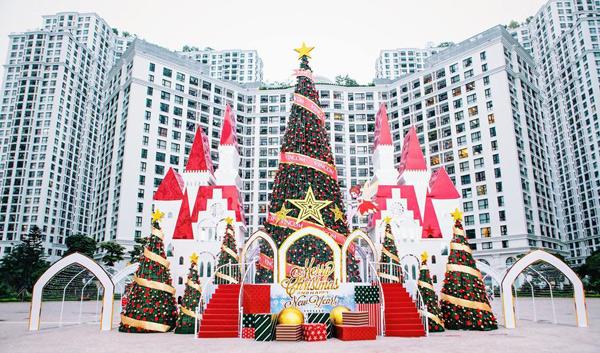 Vincom rực rỡ đón mùa Giáng sinh nhiệm màu 2017 - 1