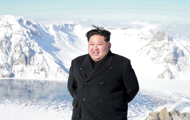 """Tướng thân cận hàng đầu của Kim Jong-un """"mất tích"""" bí ẩn - 3"""