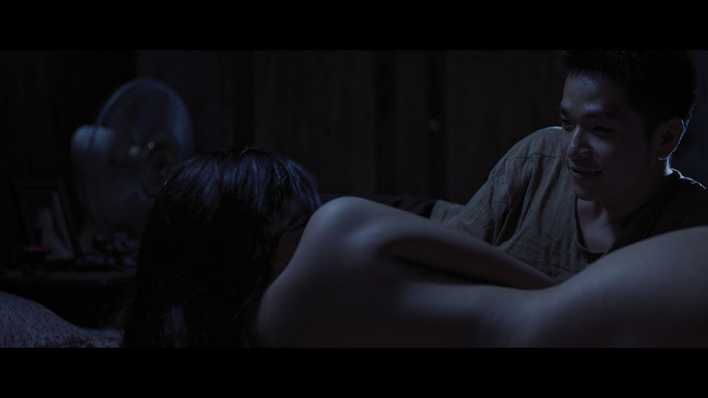 Loạt cảnh nóng thiêu đốt màn ảnh Việt năm 2017 - 2