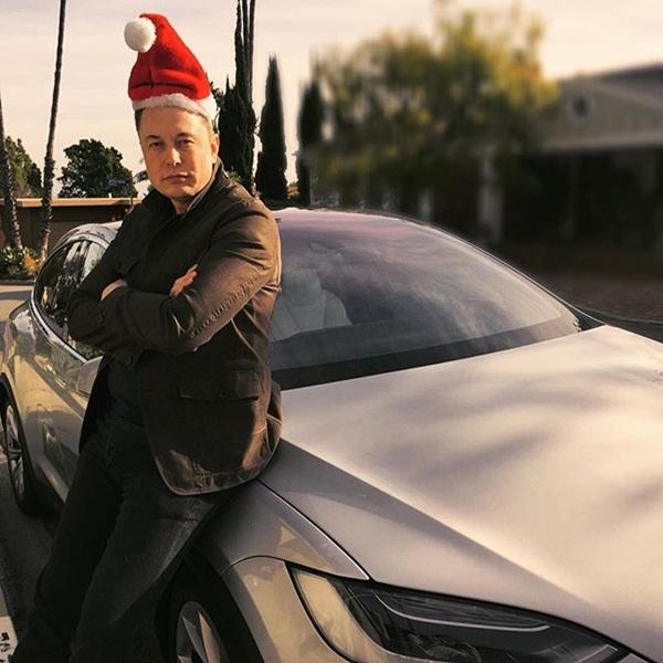 """""""Ngã ngửa"""" trước món quà Giáng sinh yêu thích trị giá hơn 800 nghìn của Elon Musk - 2"""