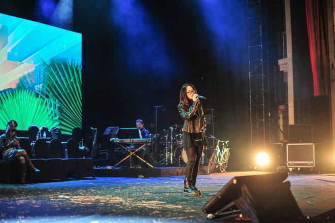 Ba gia đình nhạc nhẹ Việt hội ngộ trên sân khấu biểu diễn - 4