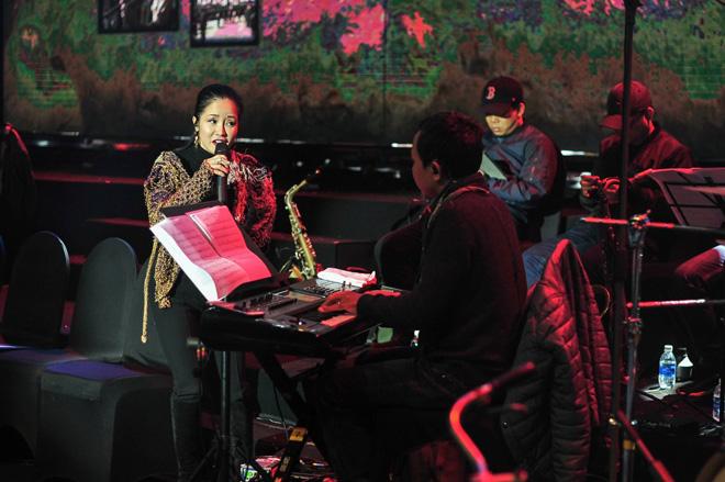 Ba gia đình nhạc nhẹ Việt hội ngộ trên sân khấu biểu diễn - 5