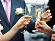 Nguy cơ cao khiến đấng mày râu mắc bệnh xơ gan vì bia rượu mùa cưới