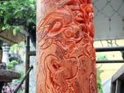 Độc lạ: Dùng móng tay tạo hình rồng trên những cặp nến khủng nhất VN