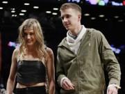 Mỹ nhân tennis Bouchard cặp sinh viên: Tình yêu cổ tích hay chiêu trò?