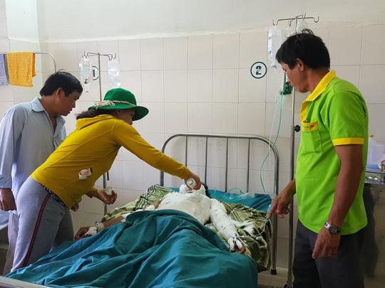 Một nam sinh phỏng nặng vì điện giật, nghi do cá cược để được yêu - 1