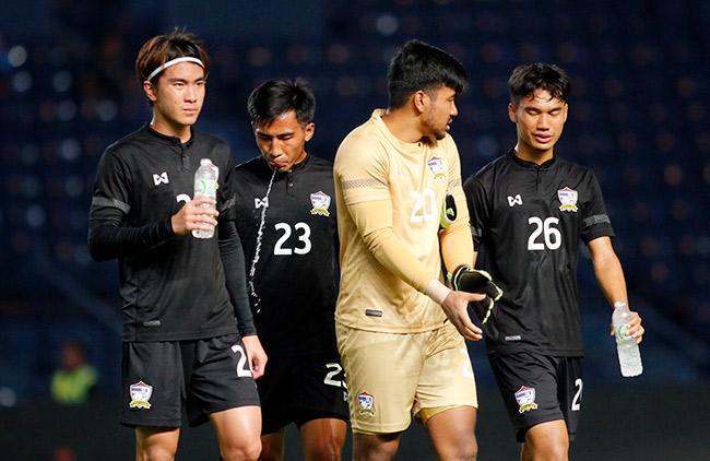 """Thua U23 Việt Nam, cầu thủ U23 Thái Lan như người """"mất hồn"""" - 5"""