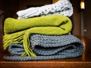 Bí quyết giữ áo len đẹp diện suốt mùa đông