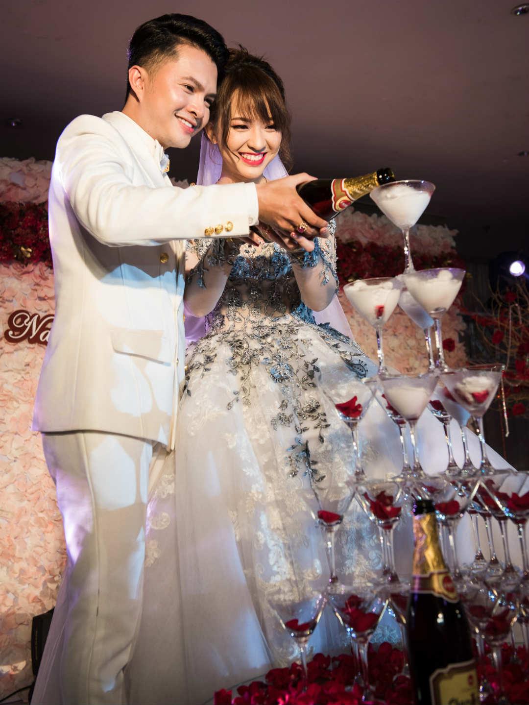 Ca sĩ Nam Cường cưới vợ hot girl trong lúc sự nghiệp tăm tối - 1