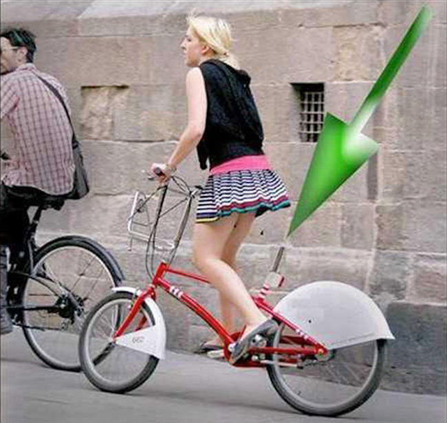 Đạp xe này cả ngày chắc mỏi chân lắm đấy.