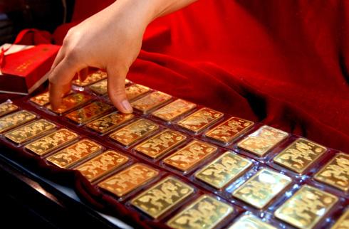 Giá vàng hôm nay 16/12: Vàng SJC tăng tục tăng nhẹ - 1