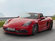 Porsche 718 GTS 2018 có giá từ 1,81 tỷ đồng