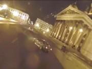 """Video:  """" Công tử """"  nhà giàu lái xe ẩu, thách thức cảnh sát Nga"""