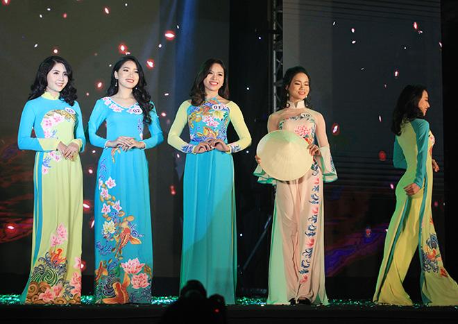 Đã tìm ra hoa khôi của ngôi trường toàn gái xinh ở Hà Nội - 3