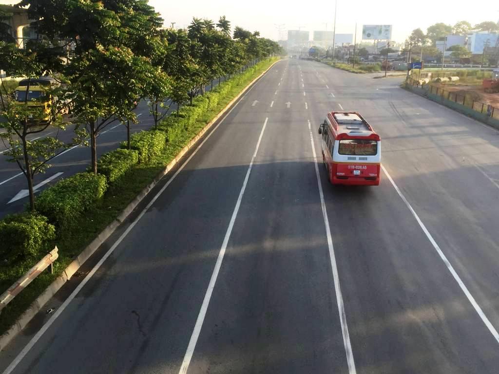 """Sài Gòn bất ngờ """"chớm đông"""", nhiệt độ xuống thấp nhất từ đầu tháng - 4"""