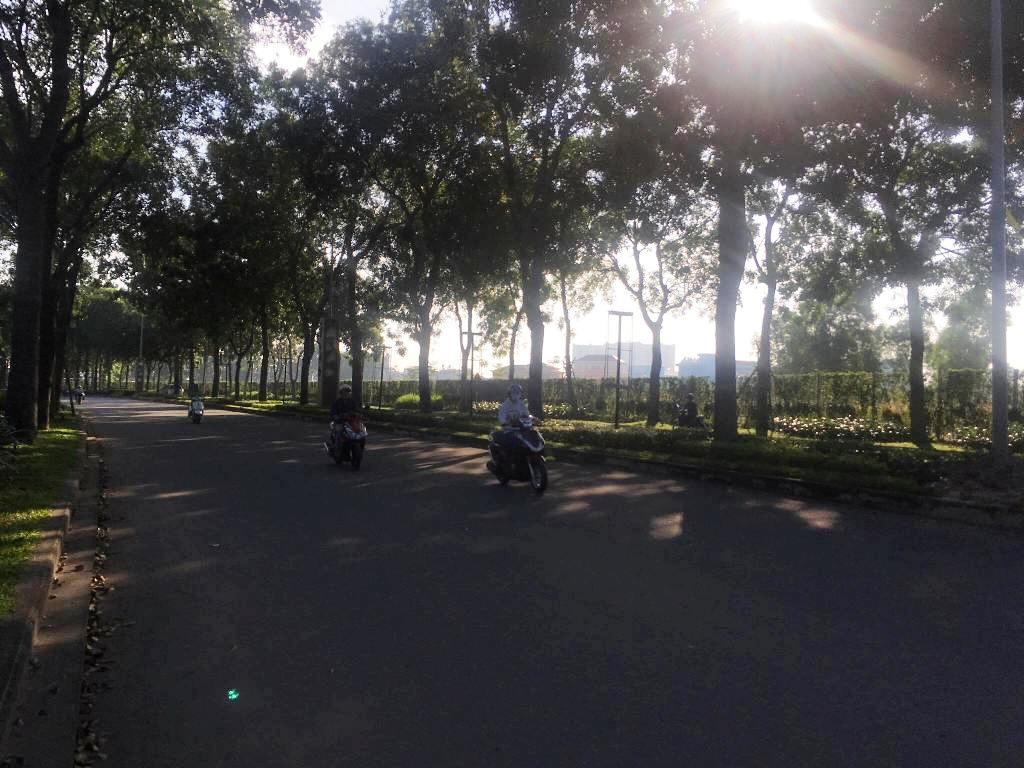 """Sài Gòn bất ngờ """"chớm đông"""", nhiệt độ xuống thấp nhất từ đầu tháng - 2"""