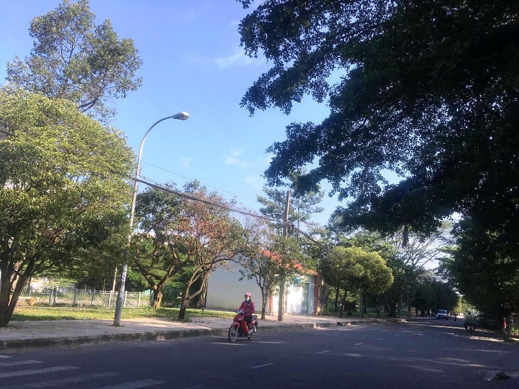 """Sài Gòn bất ngờ """"chớm đông"""", nhiệt độ xuống thấp nhất từ đầu tháng - 1"""