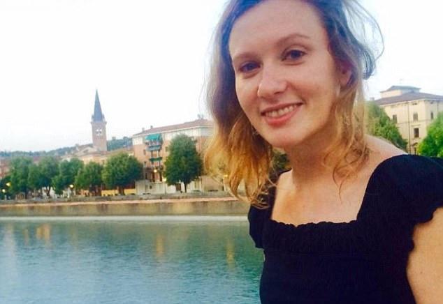 Nữ cán bộ ngoại giao Anh bị cưỡng bức, vứt xác bên lề đường - 1