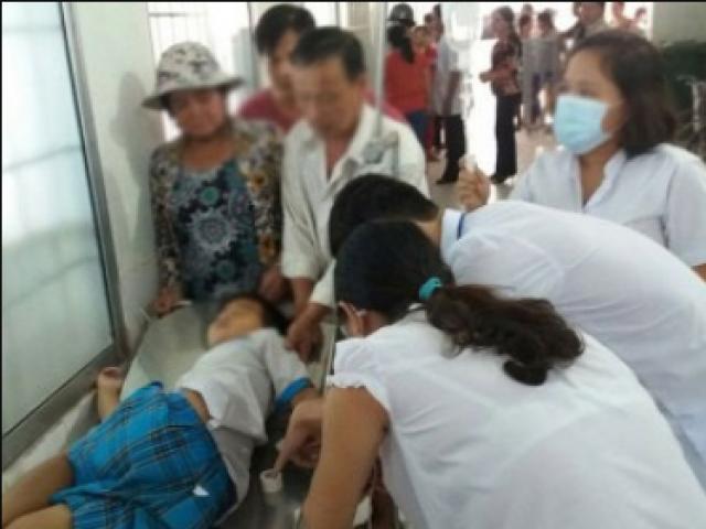 """Đề nghị Bộ Y tế vào cuộc vụ nữ sinh """"lên đồng"""" tập thể ở Đắk Lắk - 3"""