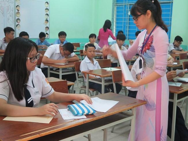 TP.HCM tuyển sinh bổ sung lớp 10 chuyên - 1