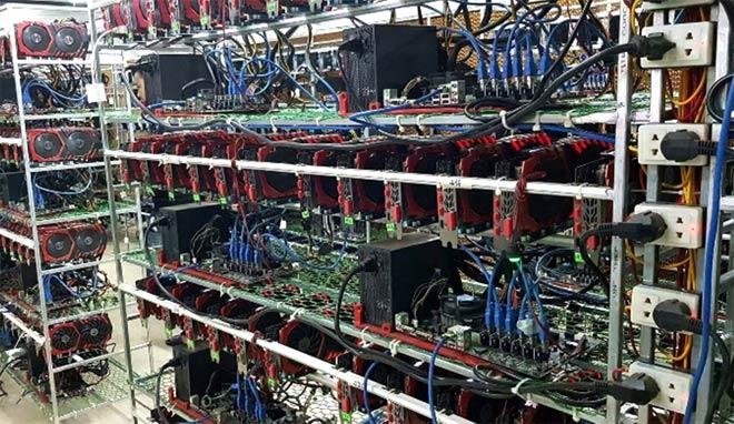 Đổ xô nhập máy đào tiền ảo Bitcoin từ Trung Quốc - 1